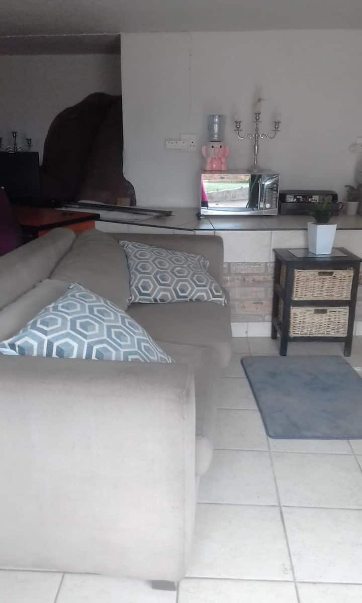 1 Bedroom Apartment in Boomed Area