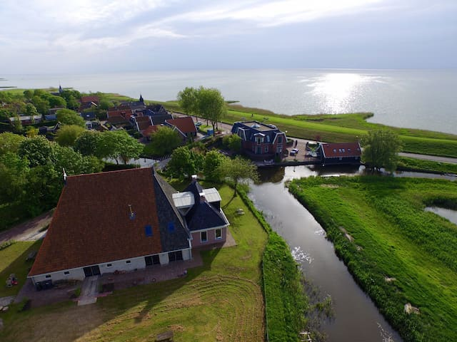 New Comfortable apartment in renovated farmhouse. - Gaast - Condominium