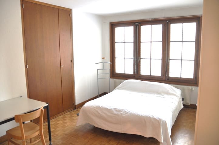 Spaceous studio in the heart of the Old Town