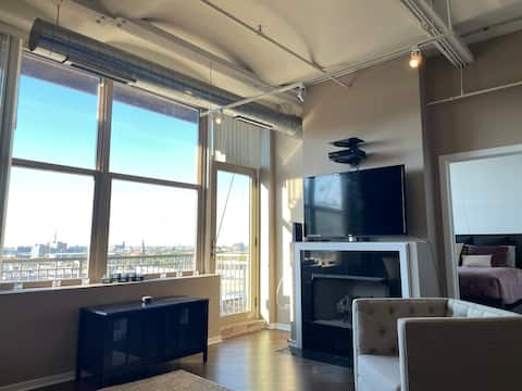 Affordable Private Downtown Condo w/Parking Option