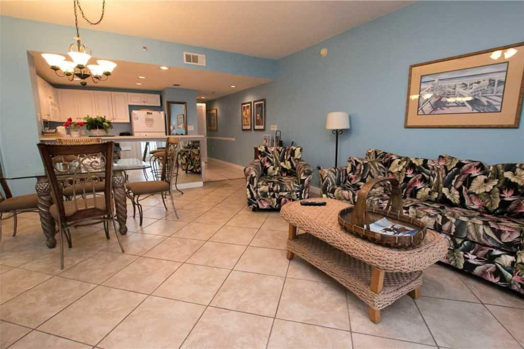 Sterling shores 510 marvelous 2 bedroom condo with ocean for 9 bedroom rental destin florida