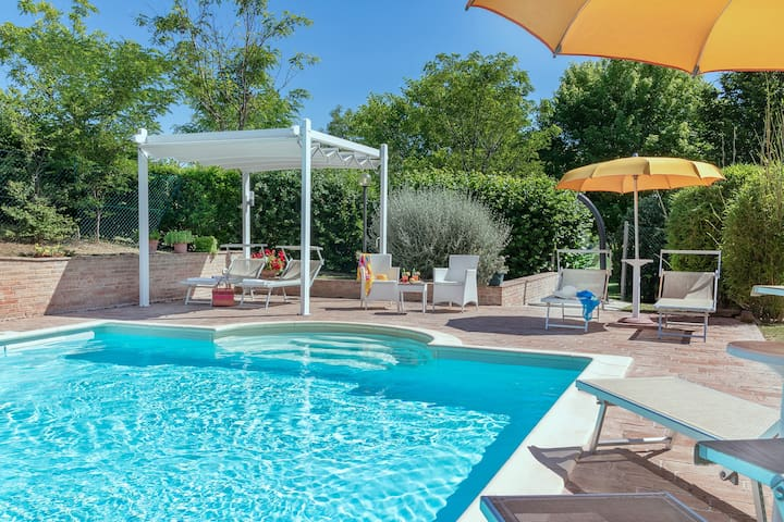 VILLA DESIGN - Private villa with pool, Le Marche