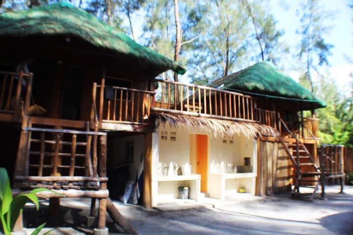 Cheio's Place @LiwLiwa, San Filipe - Kubo 1 Room 2