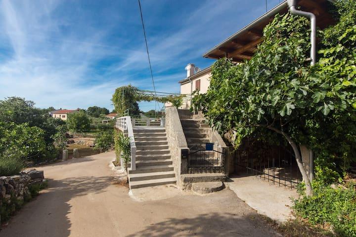 Apartment Sanja, Milohnici, Island of Krk