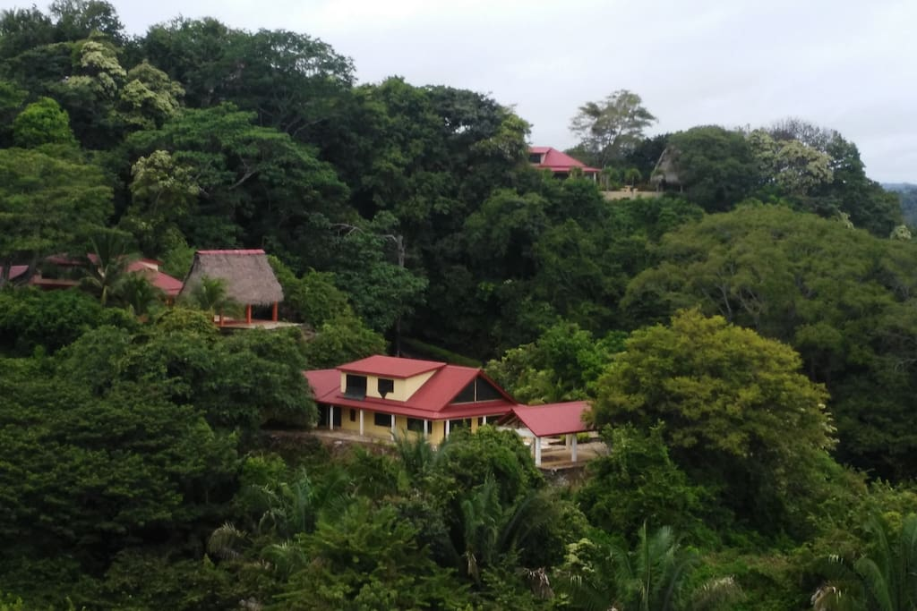 Beautiful Valley views of neighboring houses