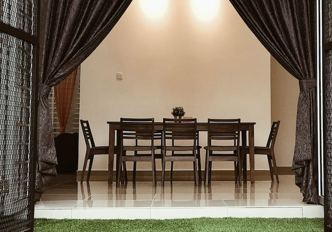 Kuala Selangor Secret Garden Homestay