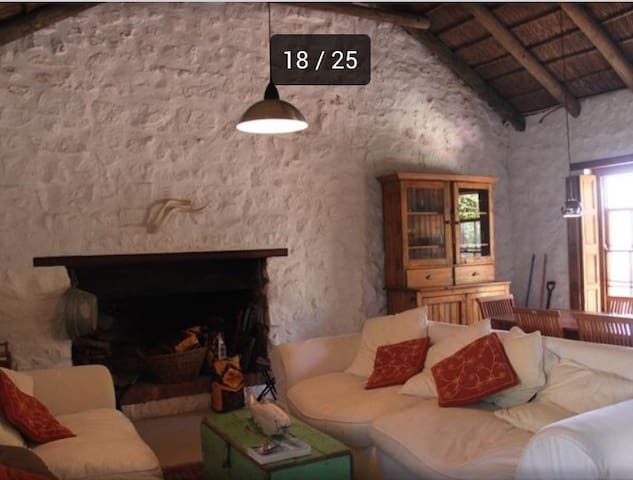 Kassiesbaai Thatched stone cottage - Arniston - Casa