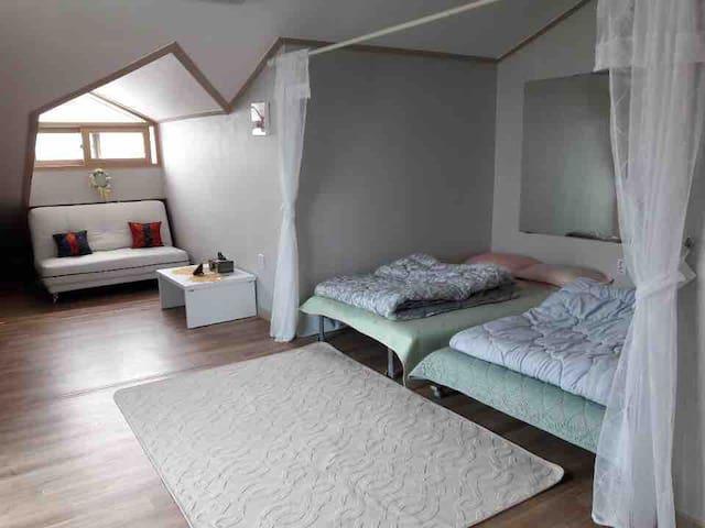 전주 한옥마을 게스트하우스 Jeonju Hanok Vaillage Guest House