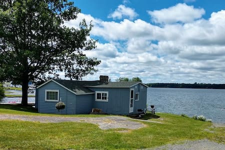 Historic Boathouse Cottage  Thousand Islands 2020