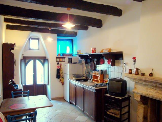 Romantico mono x 2 centro storico Vico del Gargano - Vico del Gargano - Haus