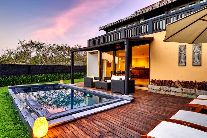 Boutique 2 Bedroom Pool Villa with  Breakfast