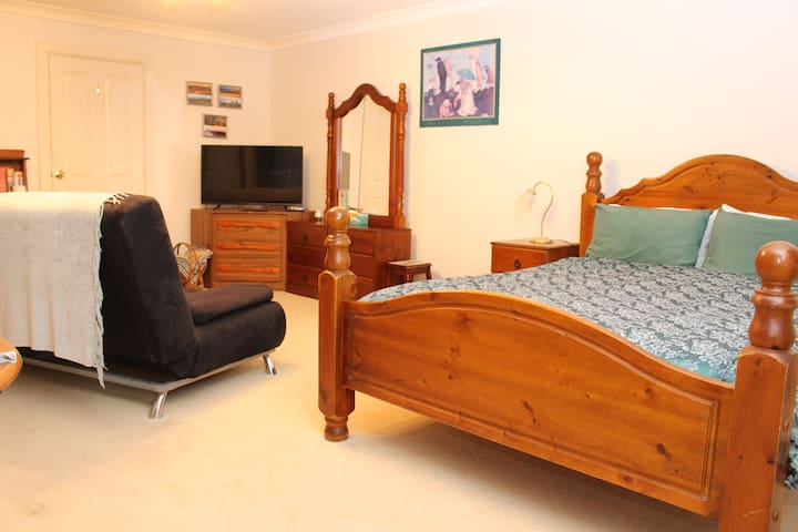 Self Contained Suite in Magill