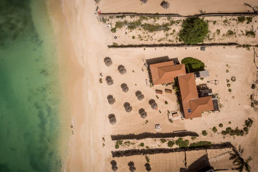 """Submarine Center"", ""Toca da Garoupa""beach bar restaurant and the room"