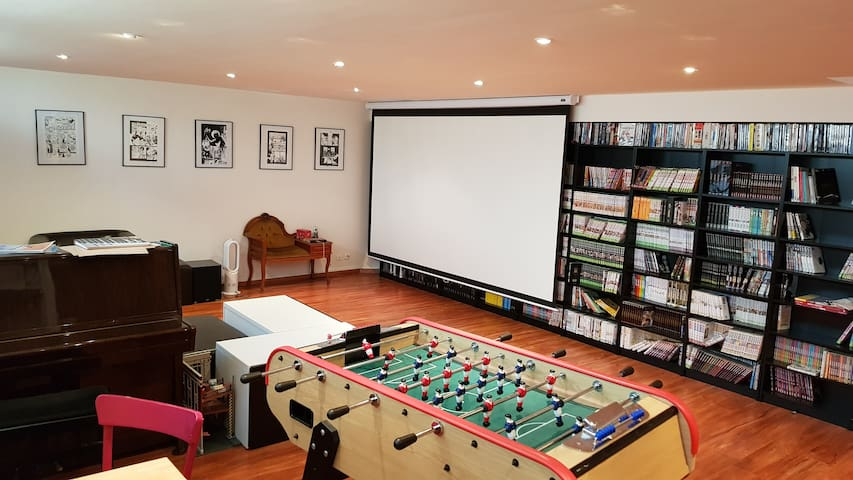 Sous-sol: home cinema