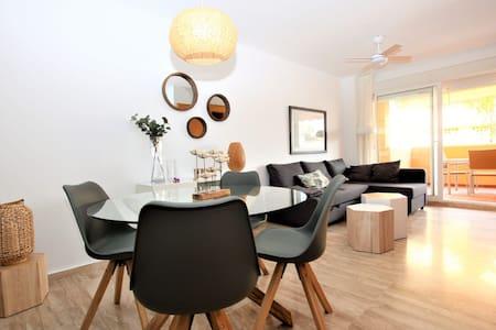 OFERTA! Apartamento en la mejor playa de Marbella