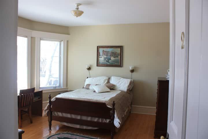Guestroom#2  of Downtown Bed &  Breakfast