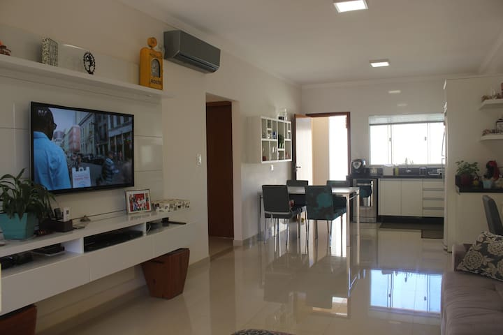 Modern and cozy house in Foz do Iguaçu/PR.