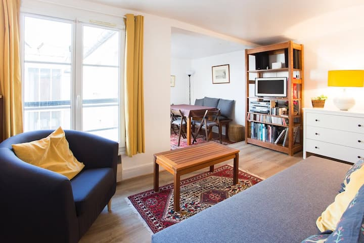 SPACIOUS BRIGHT QUIET FLAT IN « LE MARAIS » 3PERS