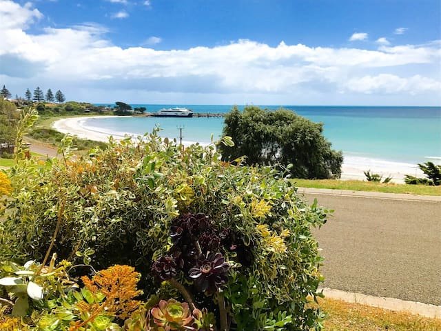 A two minute walk to beach! With amazing views