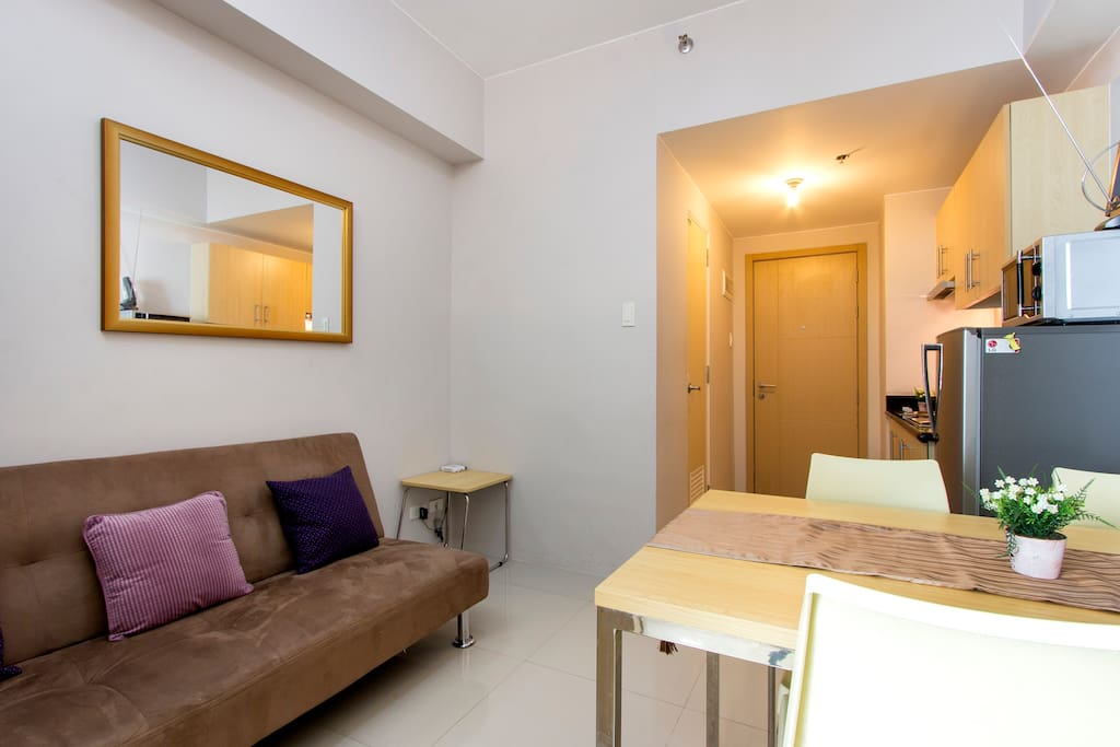 Live cozy at grass residence condominiums for rent in for Terrace 45 quezon city