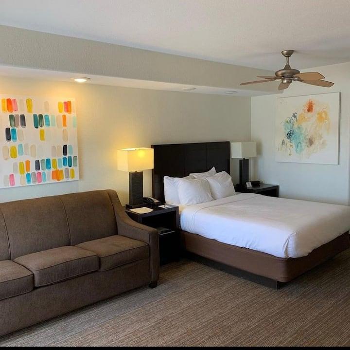Sedona Summit Resort - Serviced Studio Apartment!