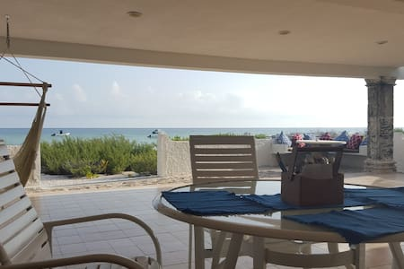 Beachfront 2bd+3bth, Terrace w/heated jacuzzi - Chicxulub Puerto