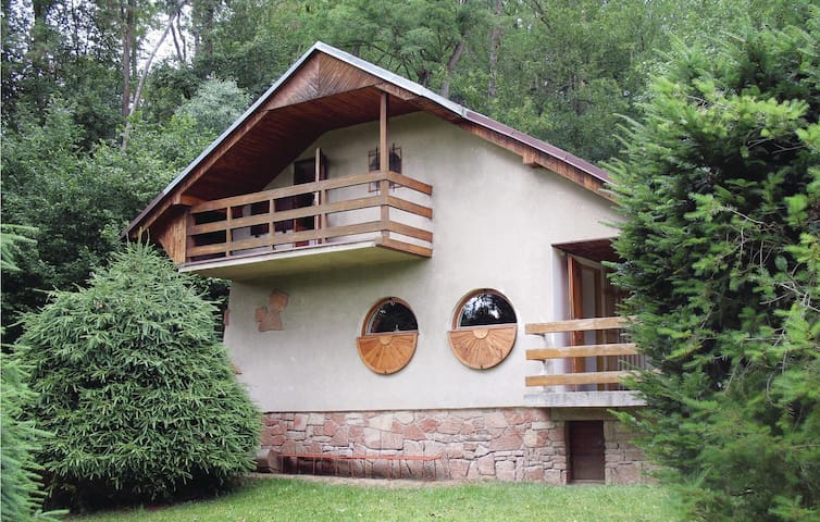 Holiday cottage with 2 bedrooms on 51 m² in Zebrak