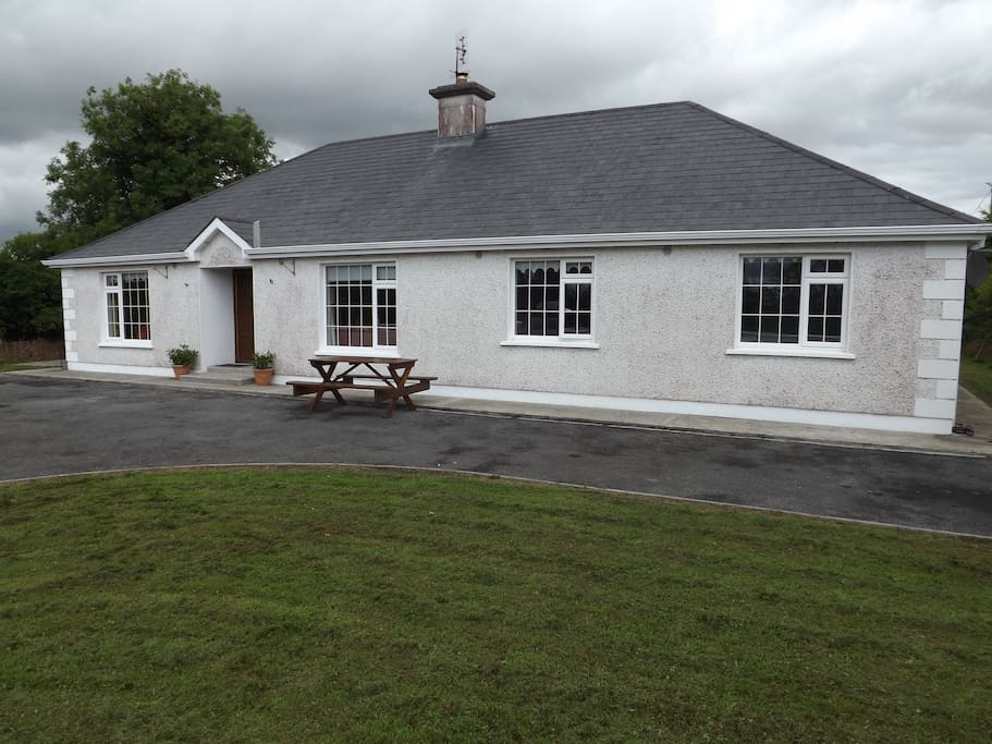 Welcome to Meadow View at Kiltybranks in Roscommon!