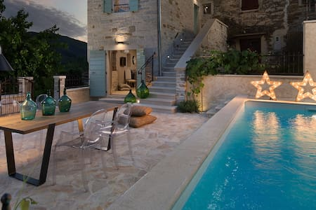 Casa Gradinje with swimming pool - Livade