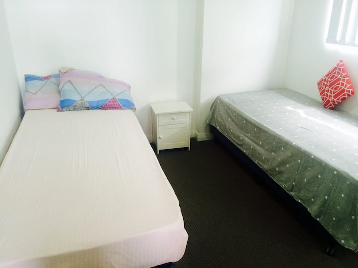 Parramatta View - High Rise - Clean & comfortable