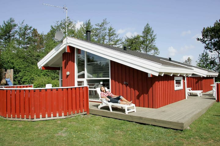 Luxurious Cottage in Hals Jutland with Swimming Pool