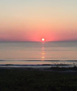 Oceanfront Paradise - Fort Pierce - Lakás