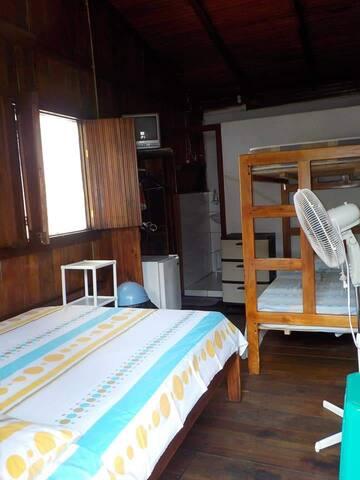 Vista el interior de la cabaña