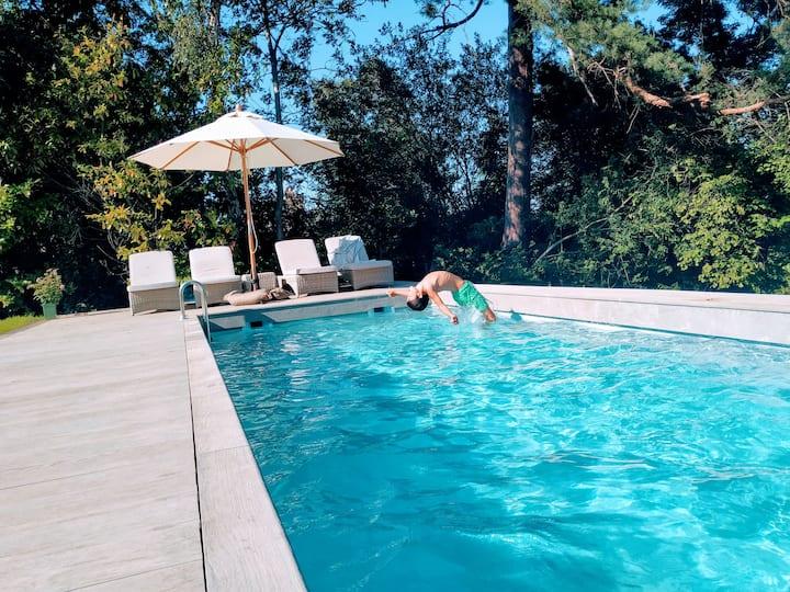 Victorian Villa with Swimming Pool &Stunning Views