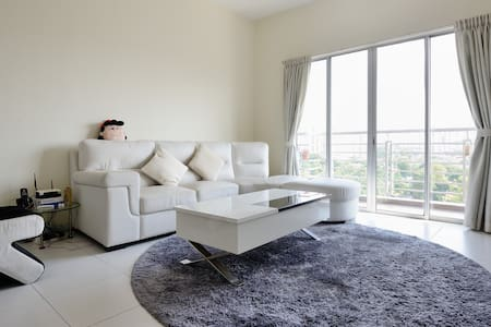 Local Living Bedroom Near Larkin - Johor Bahru - Apartament