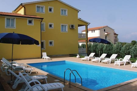 1 Bedroom Apts in Porec #2 - 波雷奇(Porec)