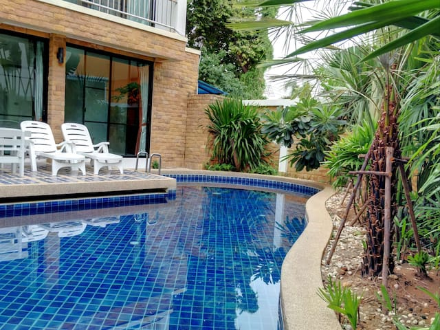 4Poolvilla 3    150m2  two bedroom - Muang Pattaya - Villa