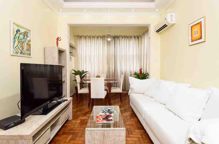 Entire Apartment in Ipanema/Near the beach.