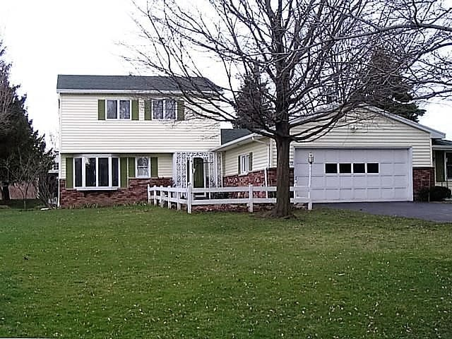 Quiet Family Home - Honeoye Falls