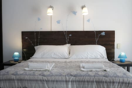 Roma - BiancoCancello a Sacrofano - Room Dora - Monte Cannelliere - Bed & Breakfast