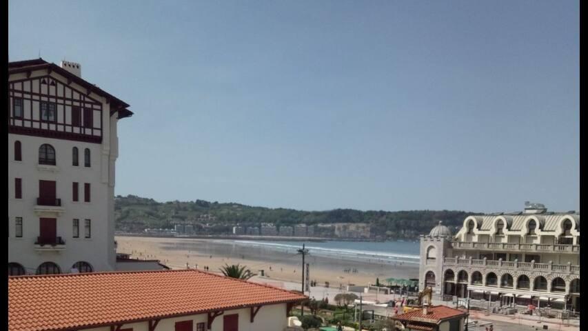 Superbe appartement avec vue sur la mer