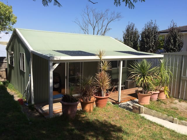 North Perth Bugalow-close to town - North Perth - Bungalow