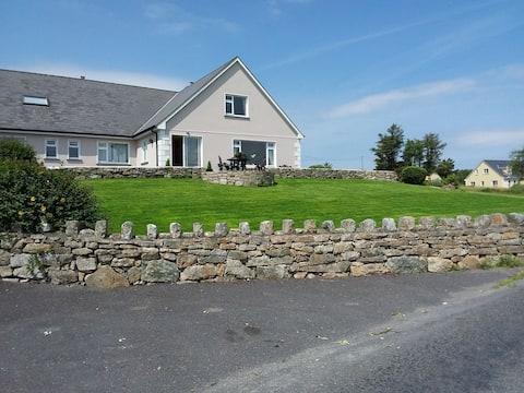 No:10 Seagrove House, Roundstone, Connemara