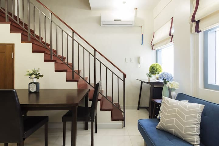 Loft for groups in the ❤️ of makati