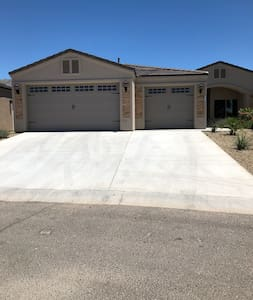 New! Fort Mohave Home