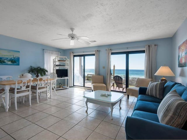 Gorgeous, Open Ground Floor Condo! Gulf Front with Large Patio. Beach Access!