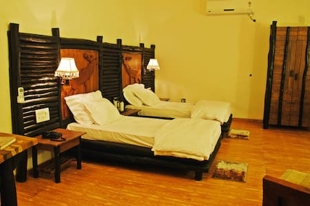 Luxurious Room @Kanha