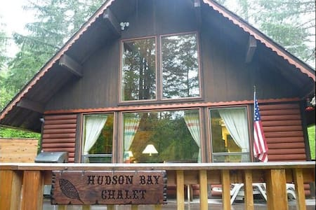 Hudson Bay Chalet at Mt. Rainier - Ashford