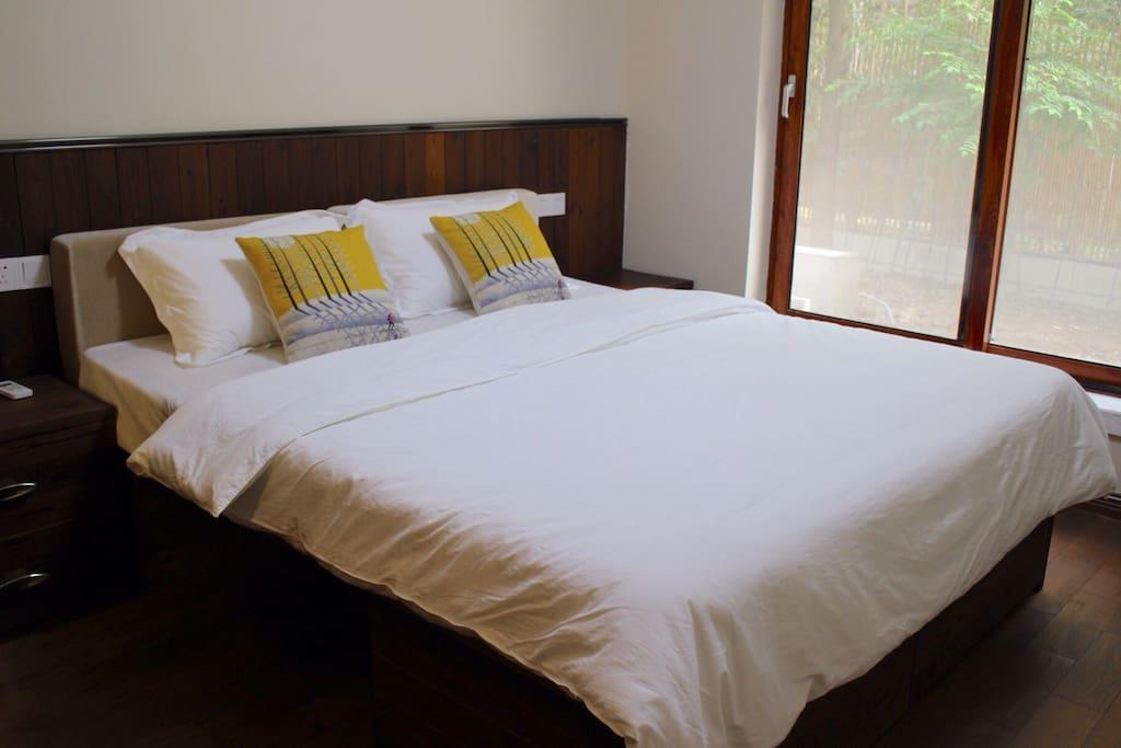 1.8的大床房