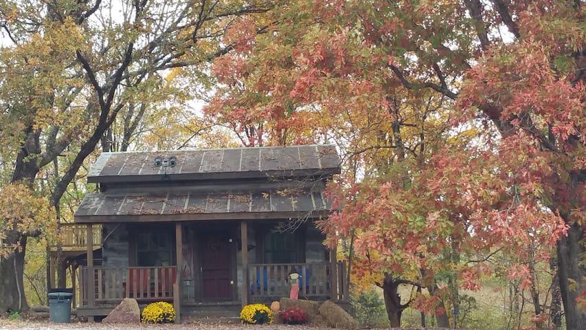 Twin Oaks log cabin Circa 1852~Garden of the Gods